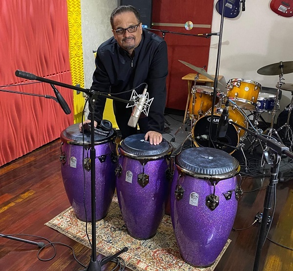 As if that were not enough, this talented conguero enjoys the genuine respect and appreciation of the Puerto Rican people and salsa connoisseurs worldwide