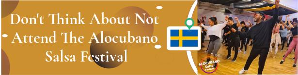 Estandarte mostaza y blanco con la imagen del taller Alocubano Salsa Festival